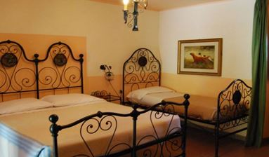 Agrotourism and rural tourism in Tuscany North Estate 1.200 Hectares with 6 Country Houses, Italy