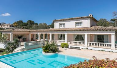 Holiday Villa For Sale in Alpes maritimes, France